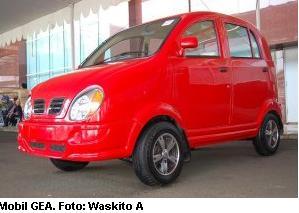 Mobil Made in Indonesia - GEA buatan PT INKA