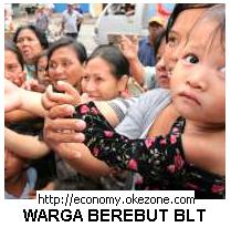 Wanita dan Anak-anak Berebut BLT