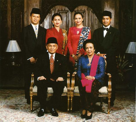 664px-Habibie_family_portrait